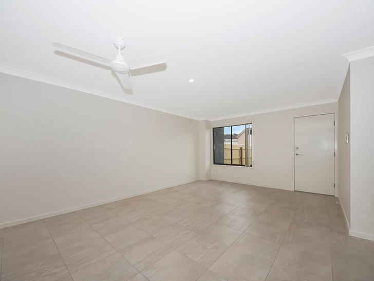 House - 45 Scenic Drive, Re...