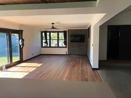 Main house living area 1569471254 thumbnail