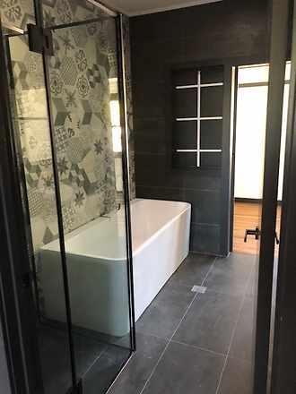 Main house bathroom 2 1569471562 thumbnail