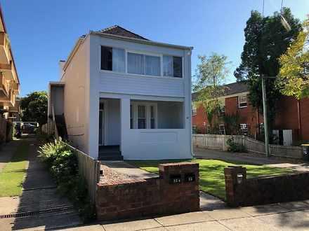 House - 12A/26 Orpington St...