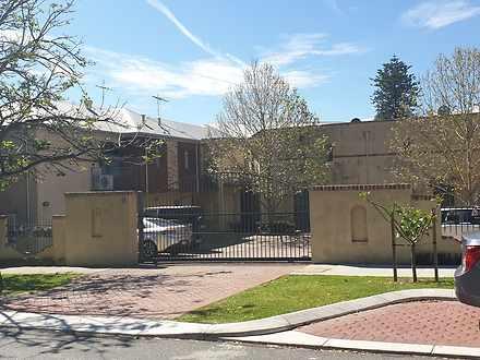2/18 Abbotsford Street, West Leederville 6007, WA House Photo