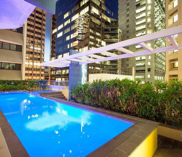 Pool   night with metro 21 1570590568 primary