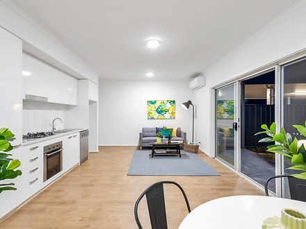 Apartment - 33/738-740 Gran...