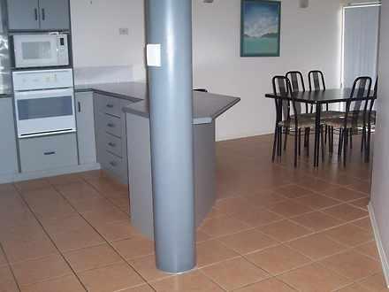 Villa - Cannonvale 4802, QLD