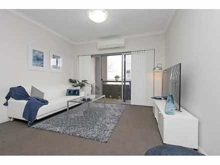 Apartment - 2/20 The Cresce...