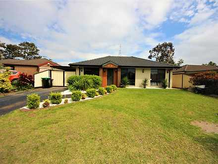 House - 9 Swales Place, Col...