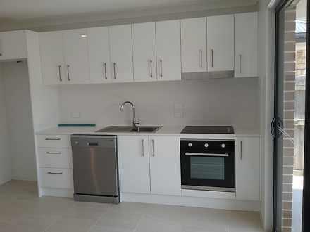 Apartment - 1/10 Weston Cou...