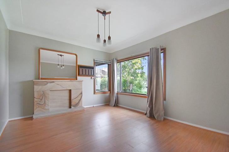 House - 3 Kenward Avenue, C...