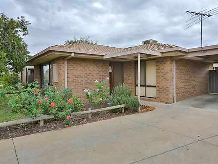 Unit - 2/9 Ridge Court, Mil...