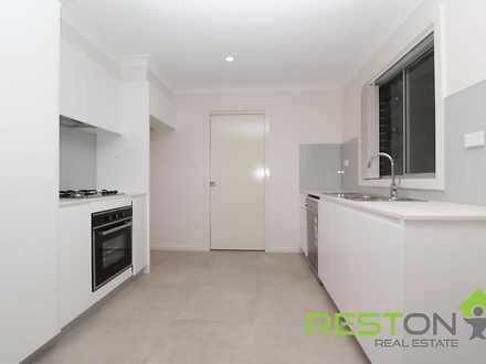 Townhouse - 4/4 Thompson Av...
