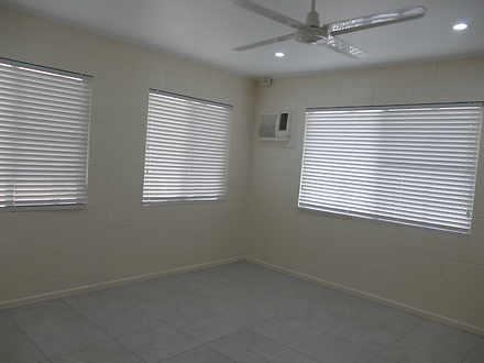 9fe333ce75373821d0fc6528 bedroom 1   master  2  9193 5daf9d92e72e8 1571790320 thumbnail
