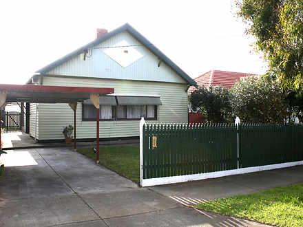 House - 32 Chapman Street, ...