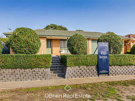House - 34 Redwood Avenue, ...