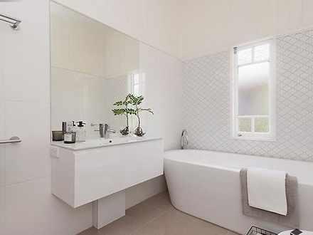 96832e06d5df7dbcada234cf 11124 bathroom 1572322477 thumbnail