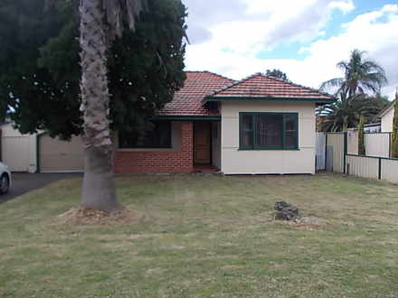 House - 28 Redcliffe Street...