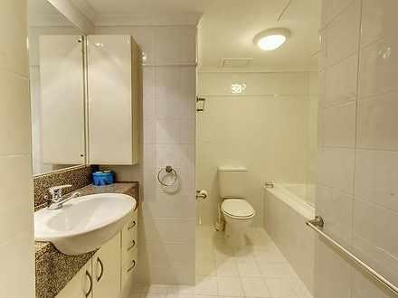 F63f6a845e0ccbae155ec3b4 2 small bathroom 4168 5c1745591deea 1054 5db925f232d8d 1572416411 thumbnail