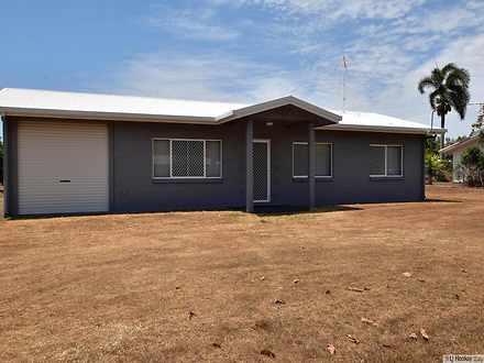 House - 14 Melaleuca Drive,...