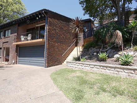 House - 86 Yanderra Avenue,...