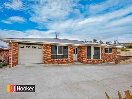 House - UNIT 1/123B South R...