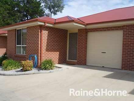 House - 4/183A Dalton Stree...
