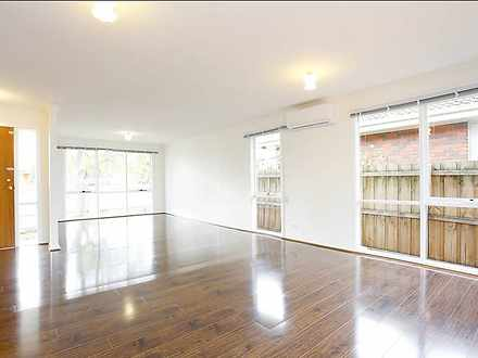 House - 8 Ninth Avenue, Che...