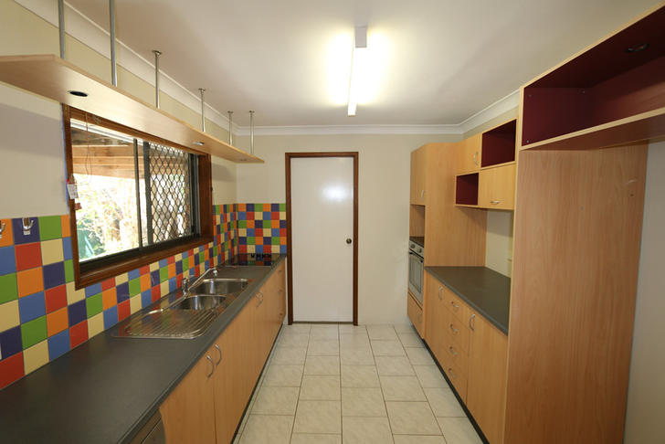 C144023b6fd4aacfe8409e61 3027 kitchen 1573197305 primary
