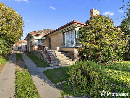 15 Woods Street, Kennington 3550, VIC House Photo