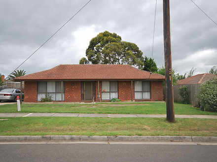 House - 27 Wallace Road, Cr...