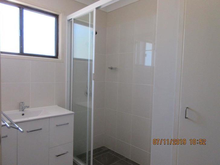 6200298ce26d3d5667efb7dc 12057 bathroom 1573453175 primary