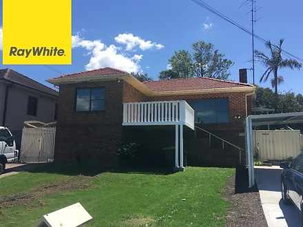 House - 220A Northcliffe Dr...