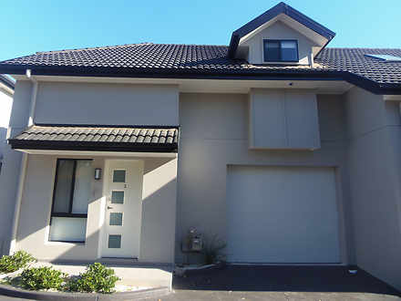 Townhouse - 3/144 Adelaide ...
