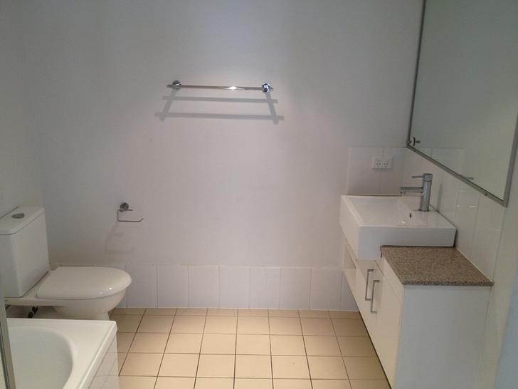 F45b5315cc547a8bb72a8705 2992312  1573534081 9270 bathroom 3 1573534092 primary