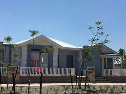 House - 367 Banrock Drive, ...