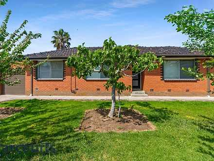 Unit - 1/1 Cudgewa Place, K...