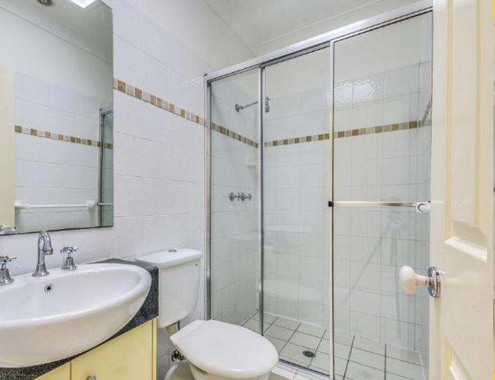 C534f20797b4410b4c35b78e 24789 bathroom 1573600519 primary