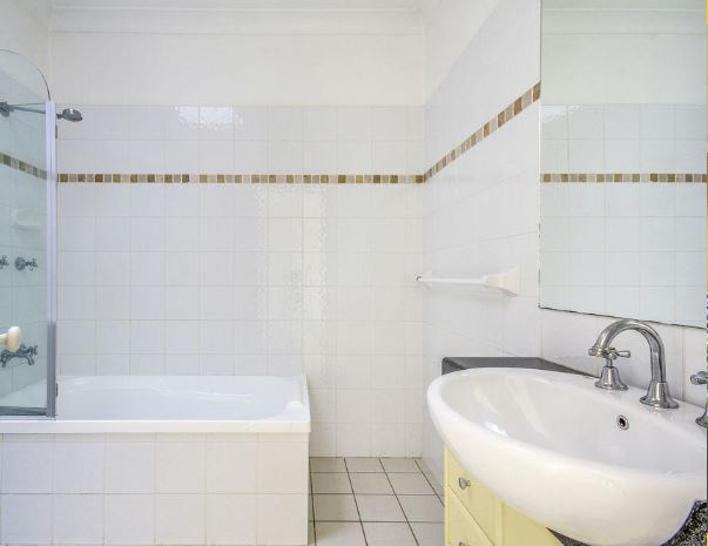 Dd805ffc8869b9067546c756 24836 bathtub 1573600521 primary