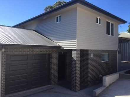Townhouse - 2/282 Newcastle...