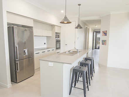 House - 49 Spinifex Way, Bo...