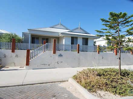 House - 154 Shorehaven Boul...
