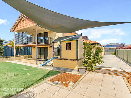 House - 18 Carakine Grove, ...
