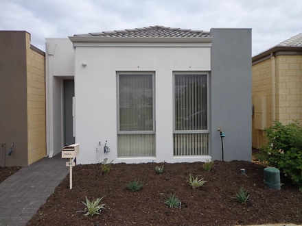 House - 61 Fairbourne Appro...