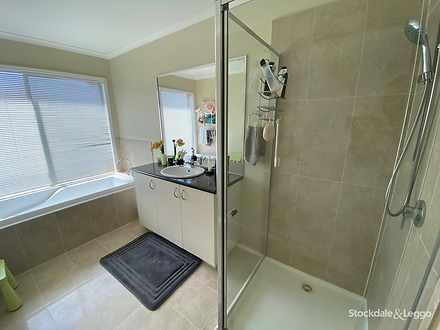 E471d0cea0bbc79aeaee5c40 9697 bathroom 1574036246 thumbnail