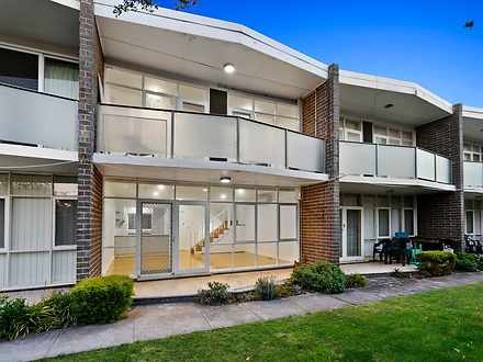 Townhouse - 2/56 Gould Stre...