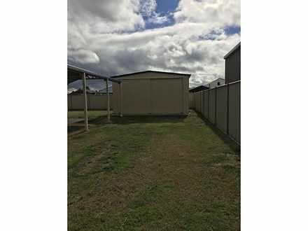 House - 5 Sunstone Brace, A...