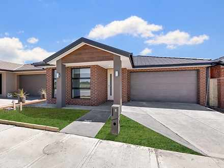 House - 8 Criterion Way, Cr...
