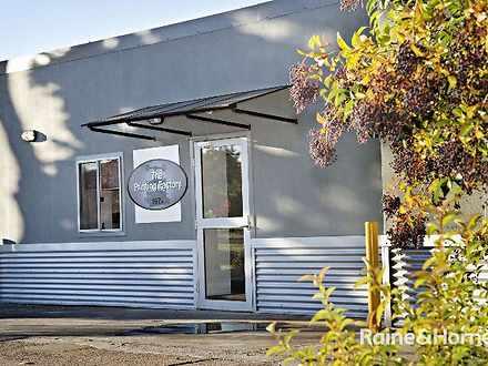 5/197A Browning Street, Bathurst 2795, NSW Studio Photo