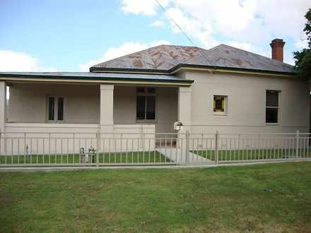 House - 2 Gladstone Street,...