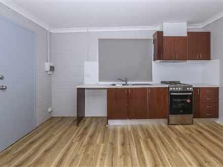 House - B/14 Malcolm Street...