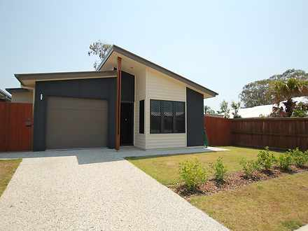 House - 30 Calder Crescent,...