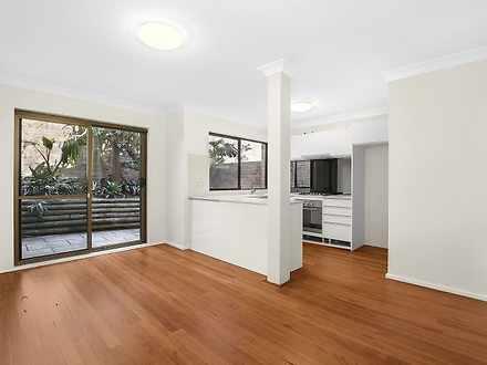 House - 8/69 Moore Park Roa...